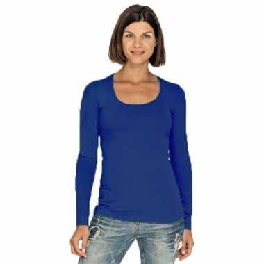 Kobaltblauw dames shirt met ronde hals en lange mouwen